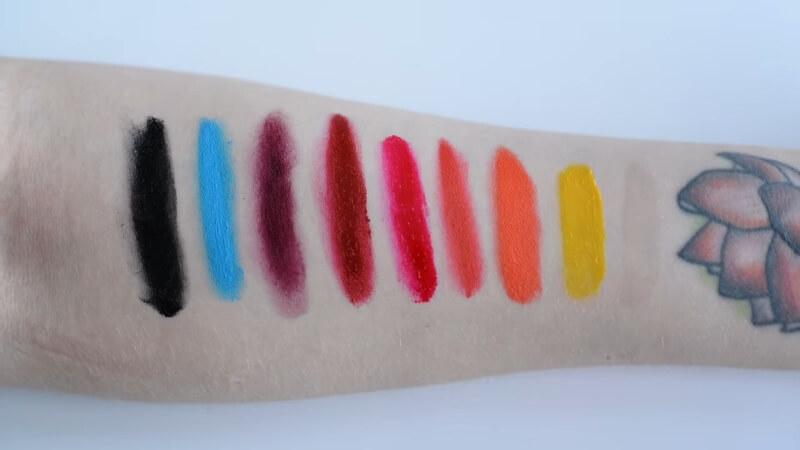 Свотчи на жидкий пигмент M.A.C. Lipmix в разных расцветках